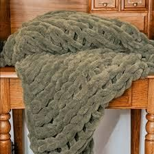 Donna Sharp s Chunky Chenille Throw