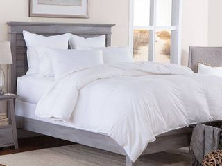 Tommy Bahama Primaloft Super King Down Alternative Comforter  Retail 252 49