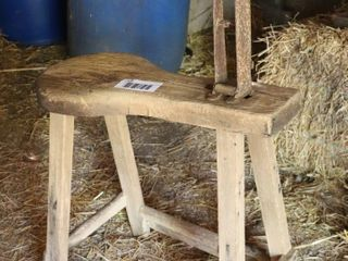 HARNESS BENCH VISE