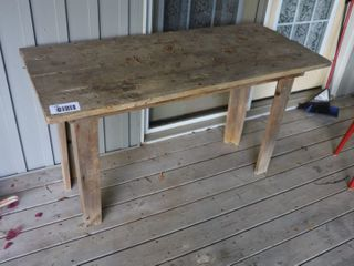 OlD WOODEN TABlE   54  X 24