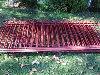 APPROX  40  OF CAST IRON FENCING