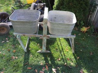 2 WASH TUBS   STAND