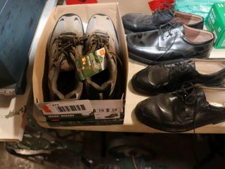 GROUP OF SIZE 10 SHOES