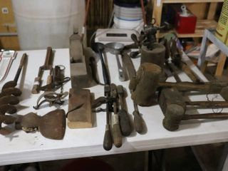 lARGE GROUP OF PRIMITIVE TOOlS
