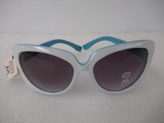 Mercury ladies Sunglasses White   Blue 100  UV