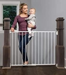 Regalo 2 in 1 Extra Wide Stairway and Hallway Walk