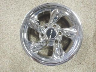 Elite 6 bolt chrome wheel  16x8 975 series