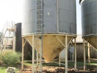 1500 Bushel Grain Bin