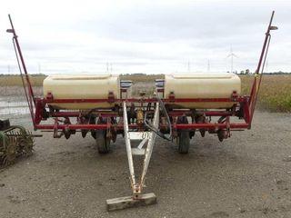 International 56 4R Corn Planter