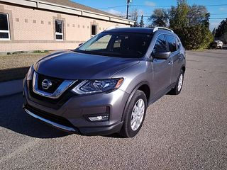 2017 NISSAN ROGUE AWD S - Low Kms