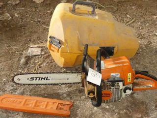 Stihl MS260 Chainsaw w Case