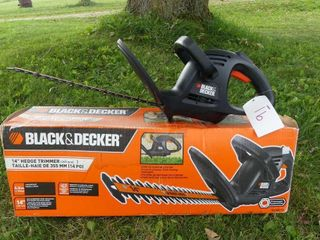 Black   Decker 14in Electric Hedge Trimmer