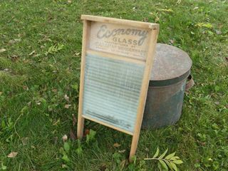 Economy Washboard and Tin Can w lid