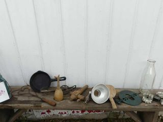 lot of Country Collectables