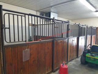 lot 1 Stalls