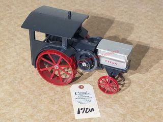 Ertl IHC Titan steam tractor Heritage Series  2