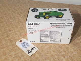 Ertl two cylinder Club Expo