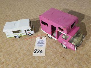 Tonka pink mini camper