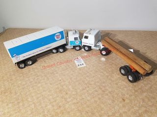 Ertl tractor and log trailer