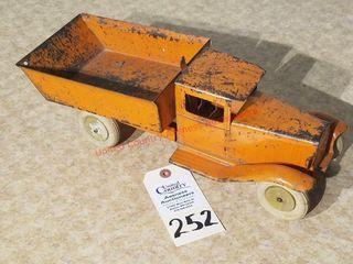 1940s Wyandotte orange dump truck