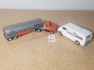 Ertl Amoco Oil Fuel Truck