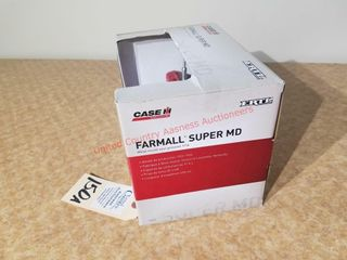 Ertl Farmall Super MD Precision