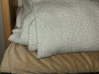 Fleece Blankets  2  Very Warm