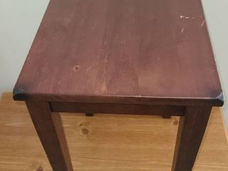 Small Side Table 18 5 x 13 x 15