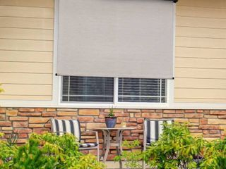 Keystone Fabrics Premier 10  x 8  Motorized Outdoor Sun Shade with Protective Valance and Remote
