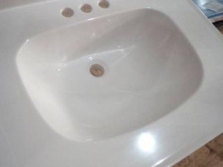 Porcelain Vanity Sink 3 Hole