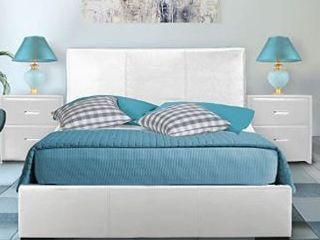 Hindes Upholstered Platform Bed  Queen  White