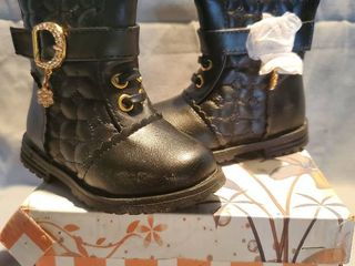 NIB lUCITA Size 3 Black leather Boots  with Flower Jewl and Side Zipper