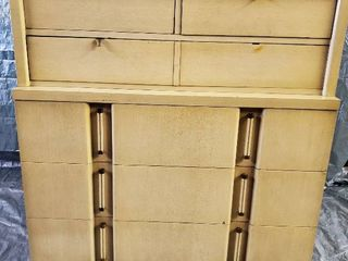 Blonde Mid Century 6 Drawer Dresser with Brass Handles and Feet  40 x 19 5 x 45 Inches