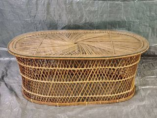 Vintage Oval Wicker Patio Coffee Table With Glass Top 39 5x20x17 Inches
