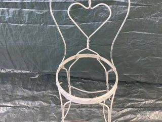White Wrought Iron Heart Ice Cream Parlor Chair No Seat location 1F Middle