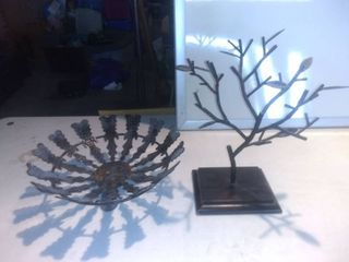 lot Of 2 Metal Table Or Countertop Decorations Tree And Bowl Shelf D