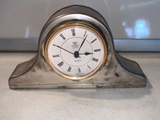 Small International Silver Quartz Clock location Shelf D
