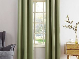84 x40  Kenneth Energy Saving Blackout Grommet Top Curtain Panels Green   Sun Zero