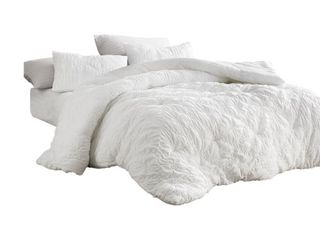 Farmhouse Morning Textured Oversized Comforter  Retail 105 99