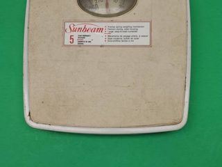 SUNBEAM  BATHROOM SCAlE