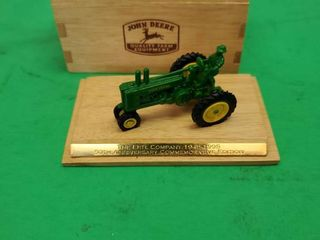50th ANNIVERSARY  1 64 Scale Die Cast JOHN DEERE MODEl A WITH FARMER