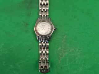 SWISS ESQ WATCH   WOMEN S