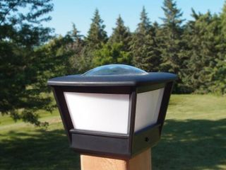 Flat lid Solar Post light