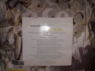 Wonderhome Factory 8 Piece Comforter Set  Floral  Queen