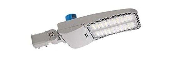 lED Shoebox light 200W Slip Fitter