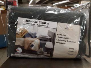 Poyet Motte Aubisque 500gsm Heavyweight 100 percent Wool Blanket Queen  Grey Retail   152 96
