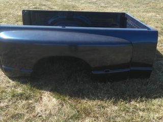 06 Dodge Bed  Real Nice  Blue
