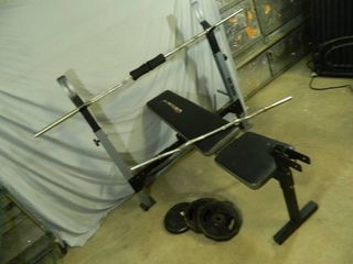 Weider Weight Bench with 2 Bars and a few Weights