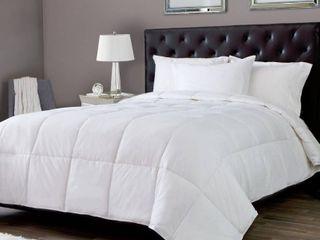 Silky Soft lightweight White Down Alternative Comforter   King