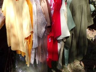 BlOUSES AND SHIRTS   MED
